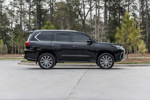 2017 Lexus LX570 Full Options à vendre